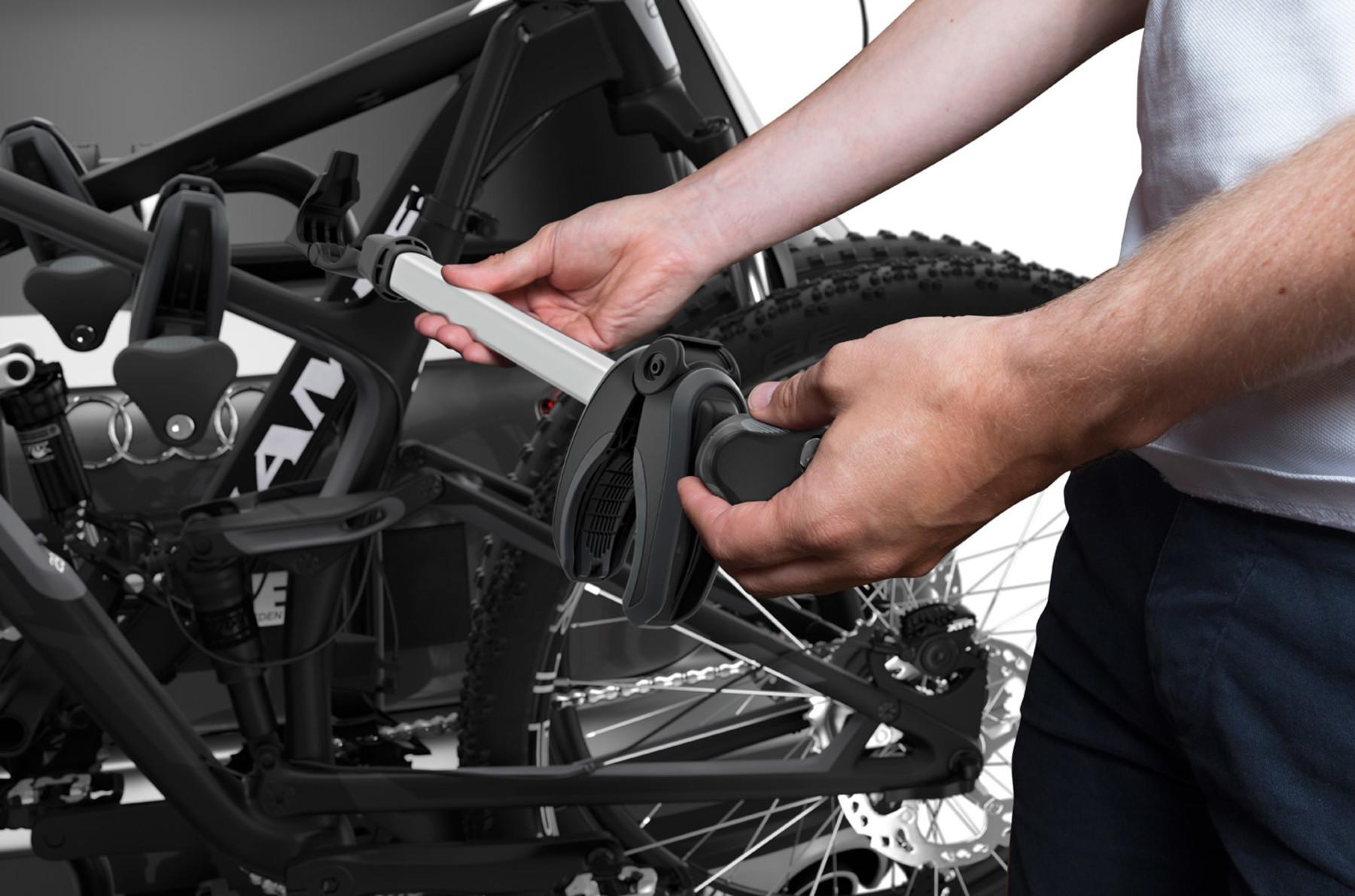 Thule EasyFold XT 3 Bike Towbar Bike Rack Carrier