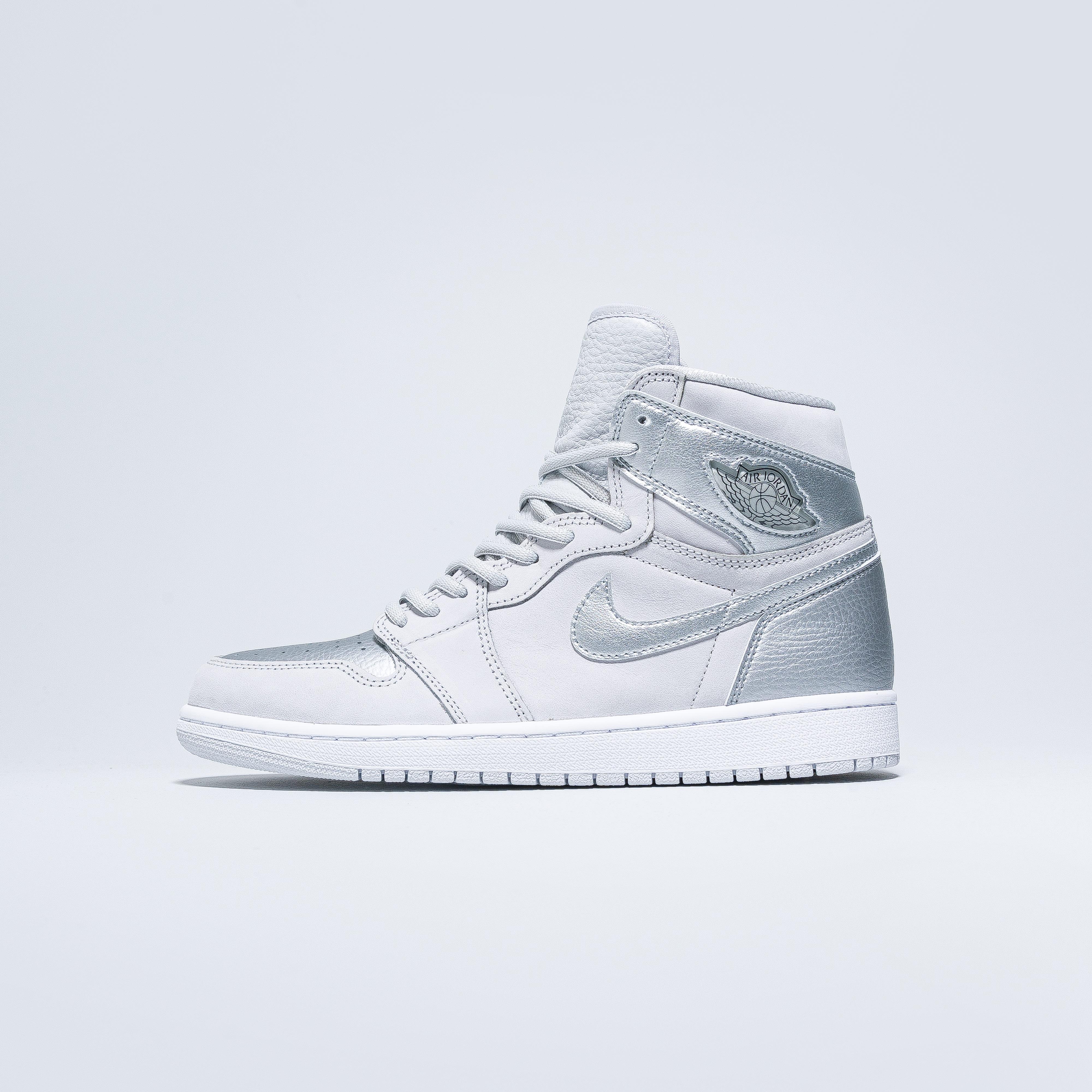 Jordan - Air Jordan 1 Hi OG CO.JP - Neutral Grey/Metallic Silver-White - Up There