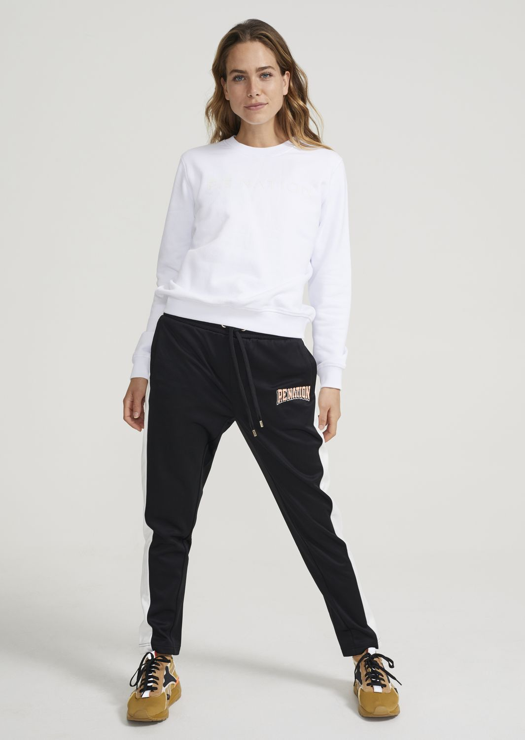 Women's Off Side Track Pant