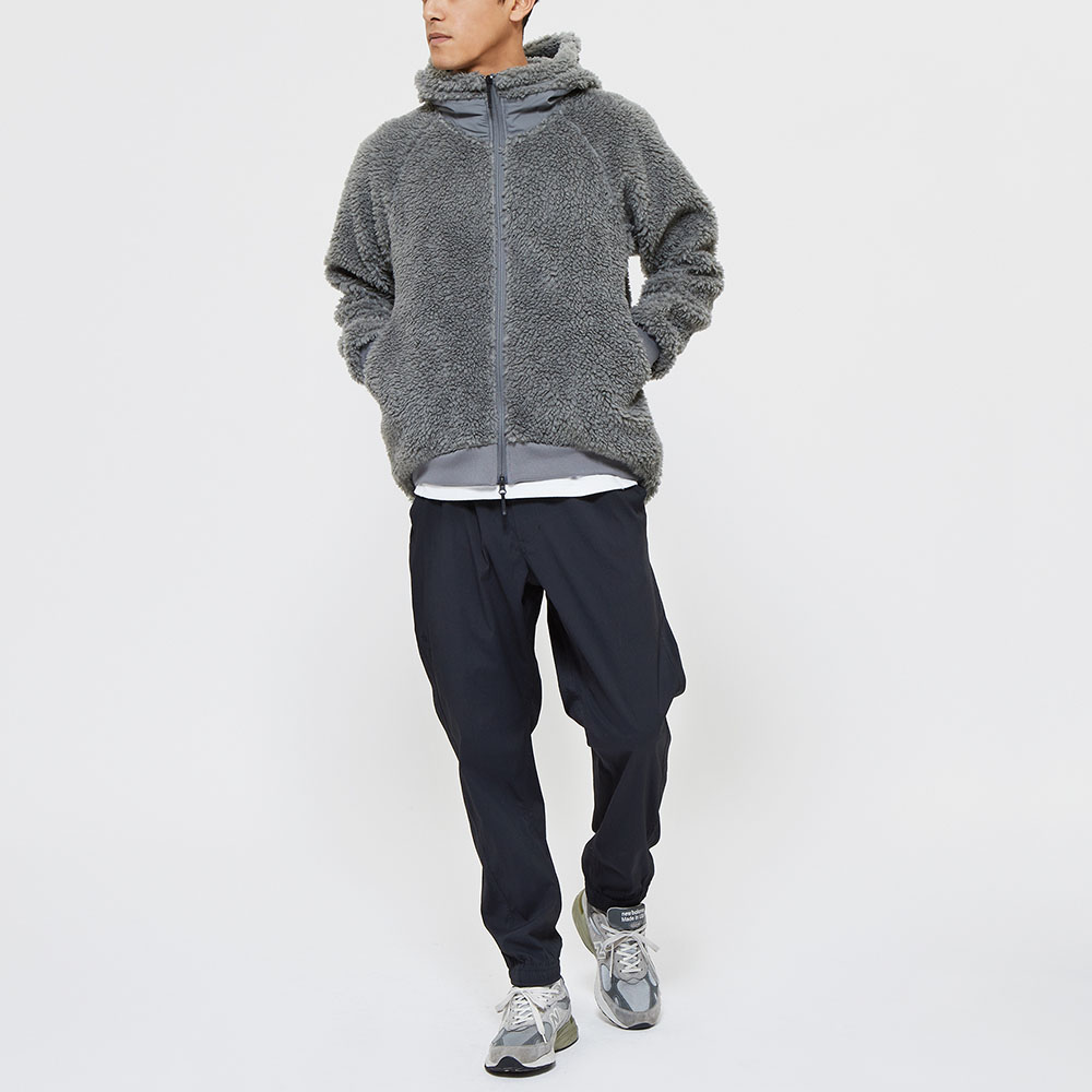 Model: Height 6'0"