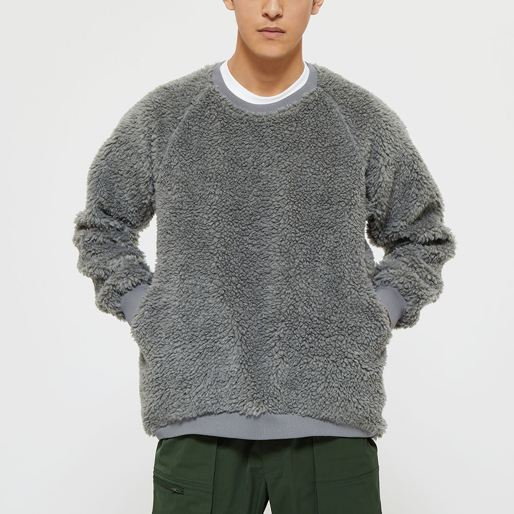 """Model: Height 6'0"""" 