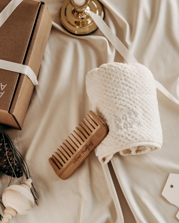 Head Towel + Bamboo Comb grid image