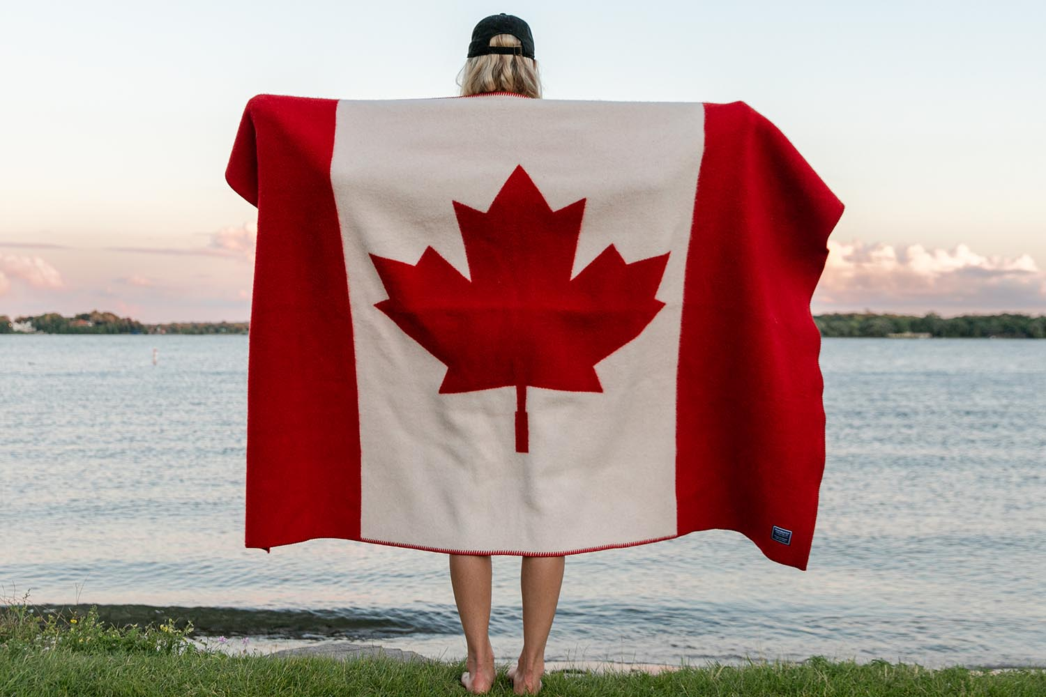 image of Canadian Flag Wool Throw