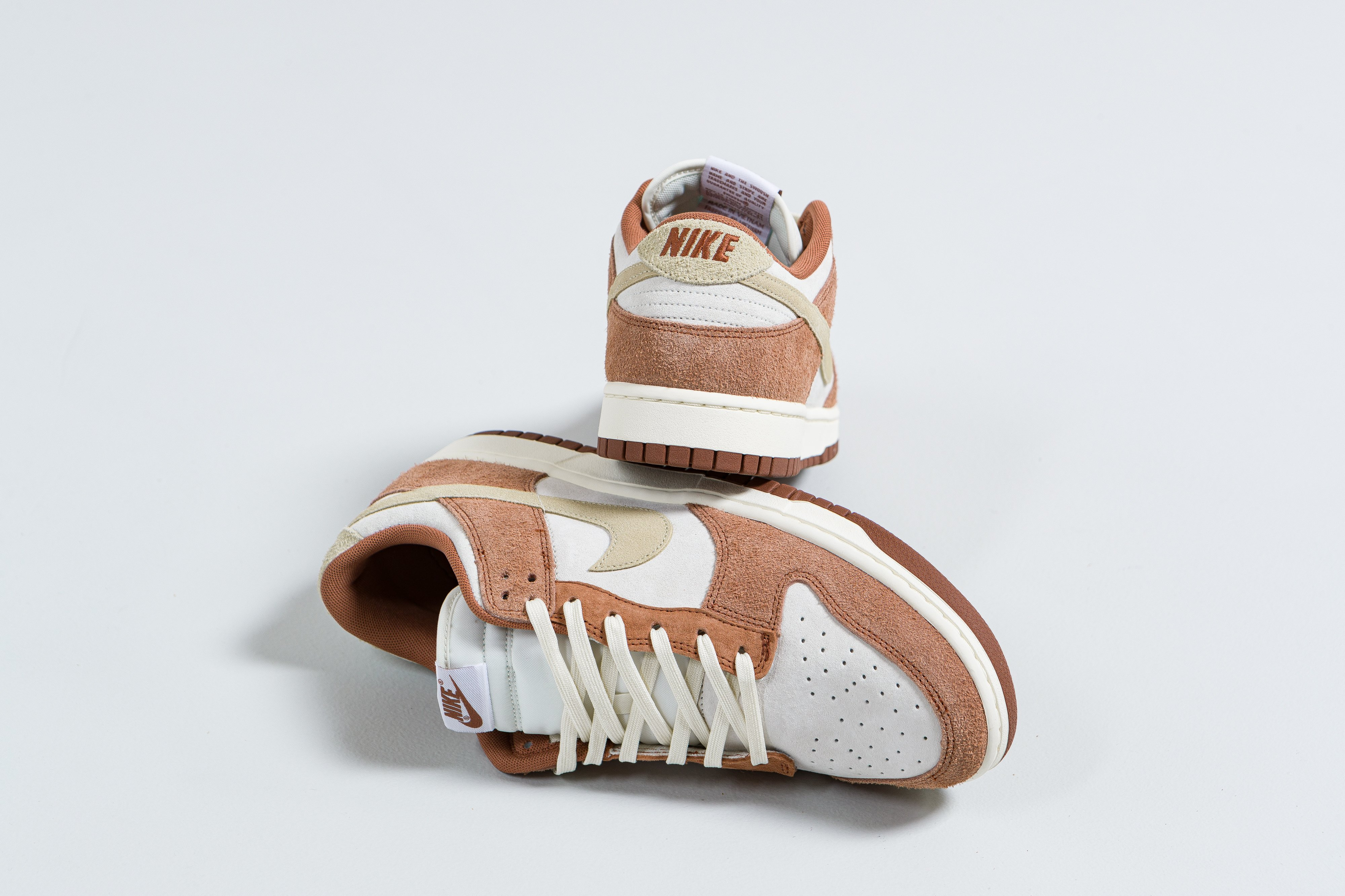 Nike - Dunk Low Retro PRM - 'Medium Curry' - Up There