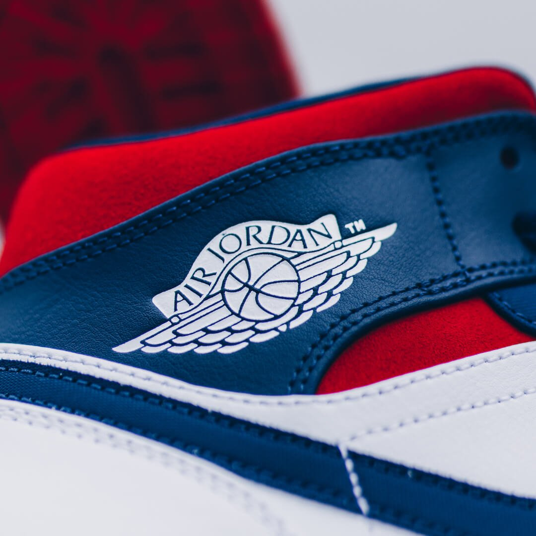 Air Jordan 1 Mid SE USA - 852542-104