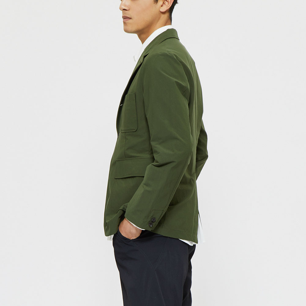"""Model: Height 6'0""""   Wearing: OLIVE GREEN / M"""