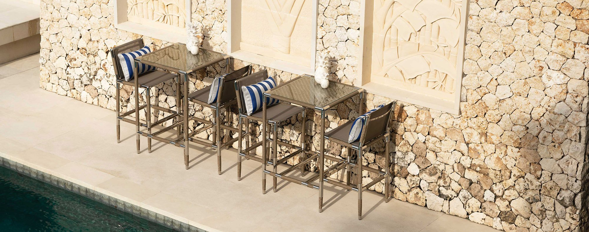 How to Create an Outdoor Kitchen Bar to Impress