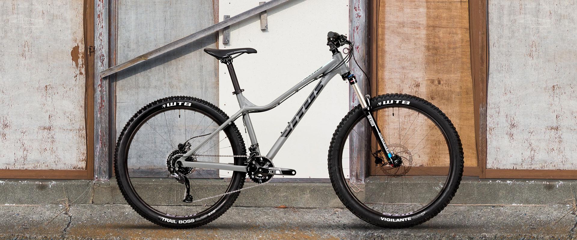 Nucleus 27 VRW Womens Bike Altus 2x9