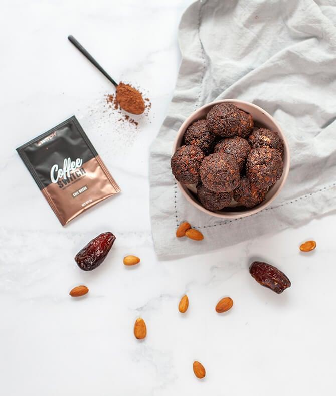 RECIPE - NO BAKE CHOCOLATE COFFEE PROTEIN BALLS