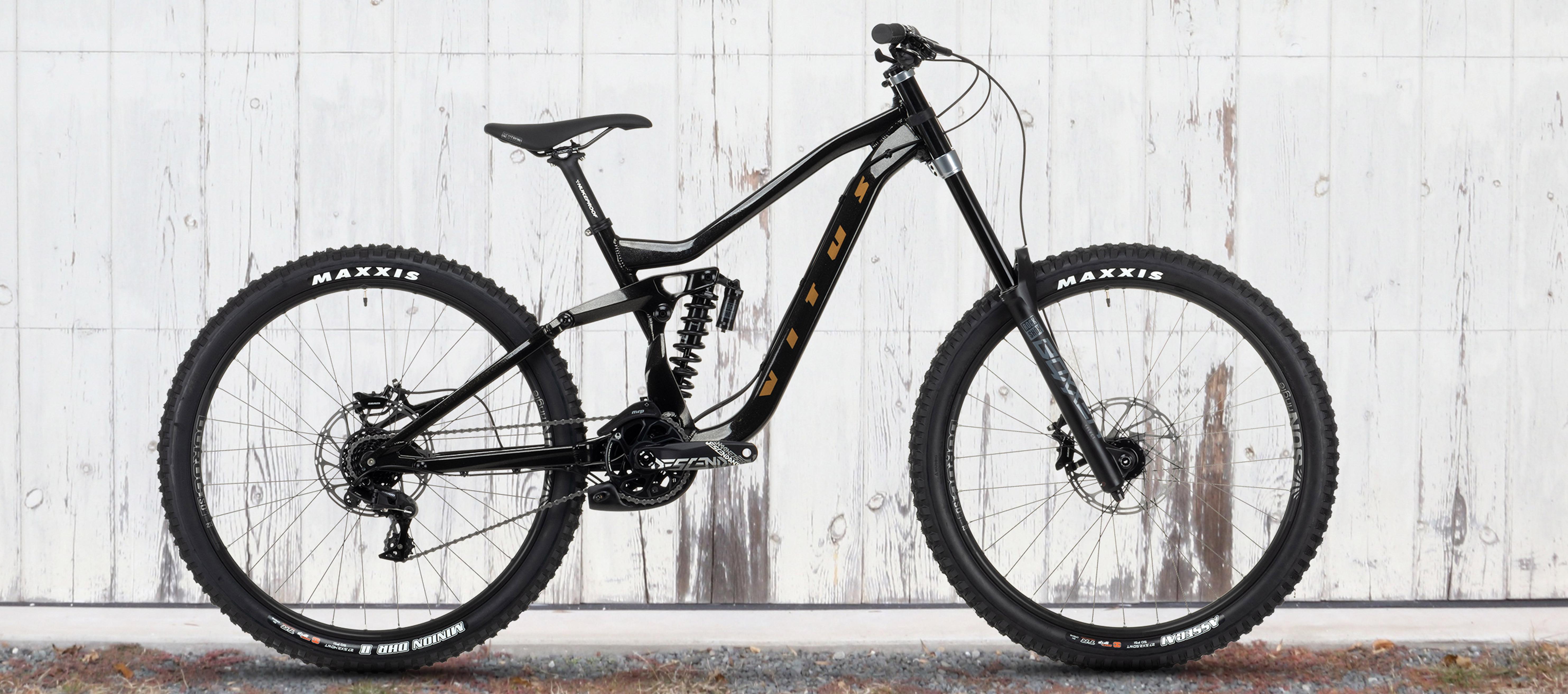 Vitus Dominer Downhill Mountain Bike