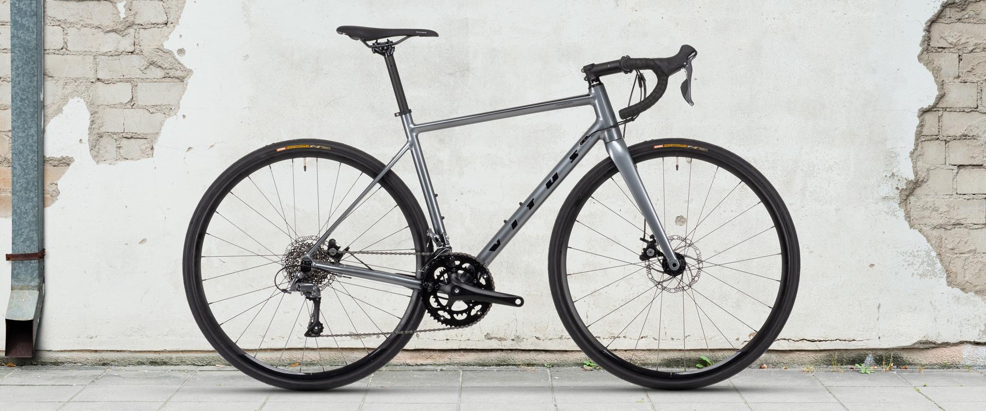 Vitus Razor Disc Road Bike Claris