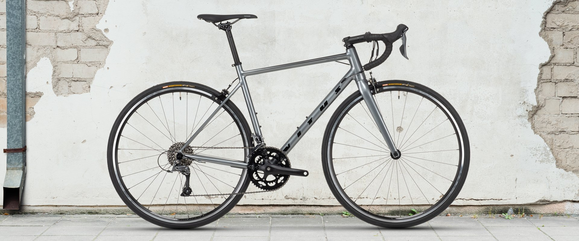 Vitus Razor Road Bike Claris