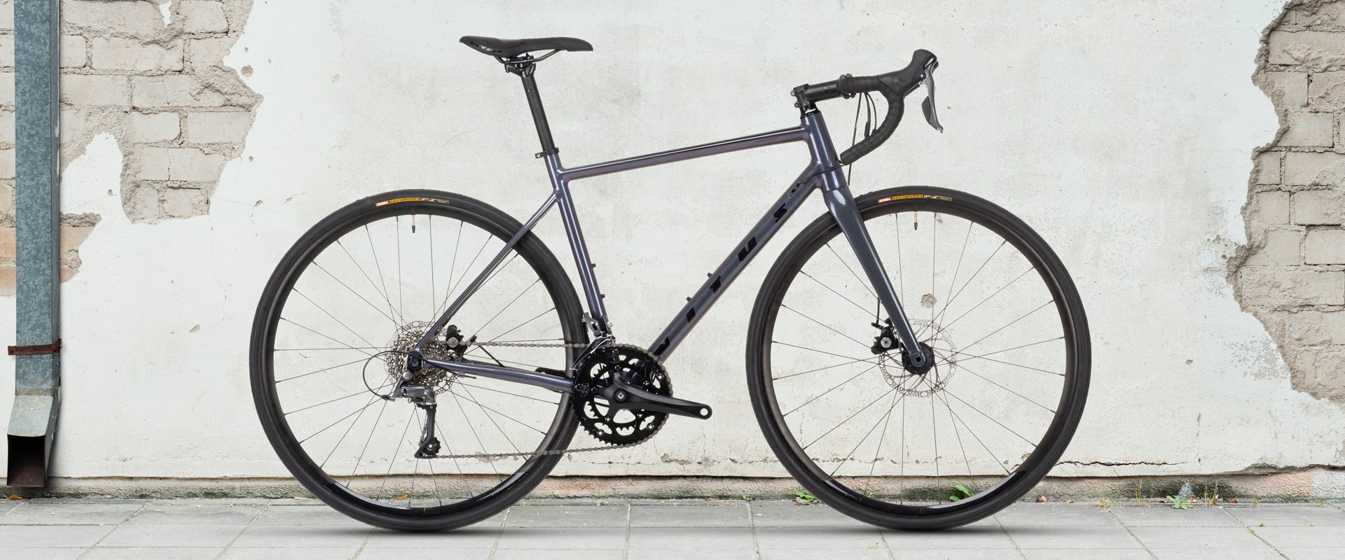 Vitus Razor W Disc Road Bike Claris