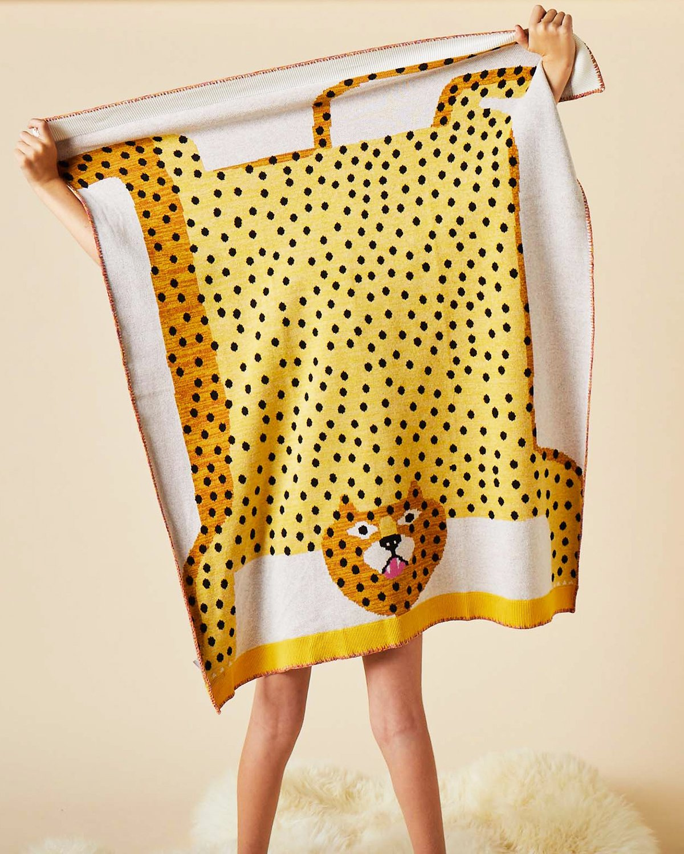 2019, Tashirojima (Jaguar) Blanket.