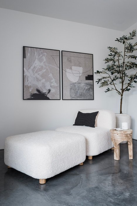 The LifestyledCo #ODLModernProj Primary Bedroom