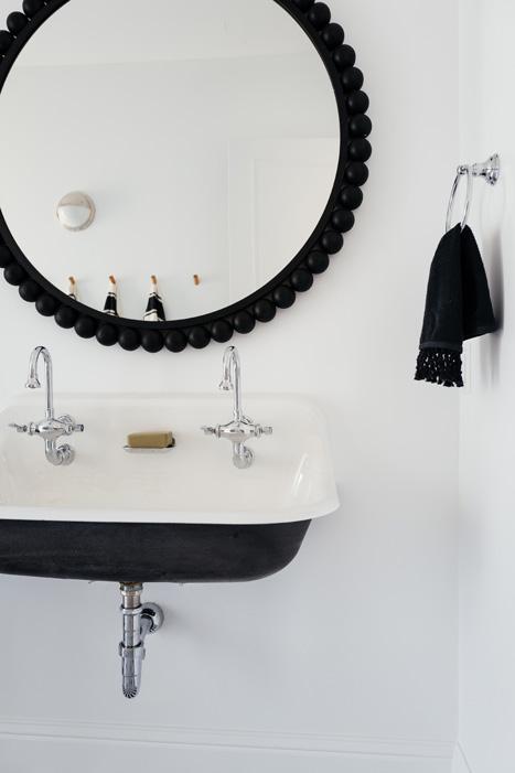 The LifestyledCo #SapphirePVProj Pool Bath