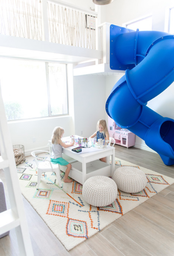 #LCoLittleSpaces Playroom with slide