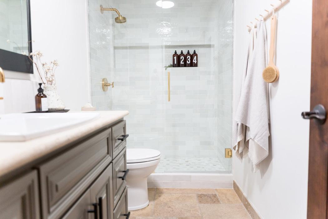 #MalapaiProj  Guest Bathroom