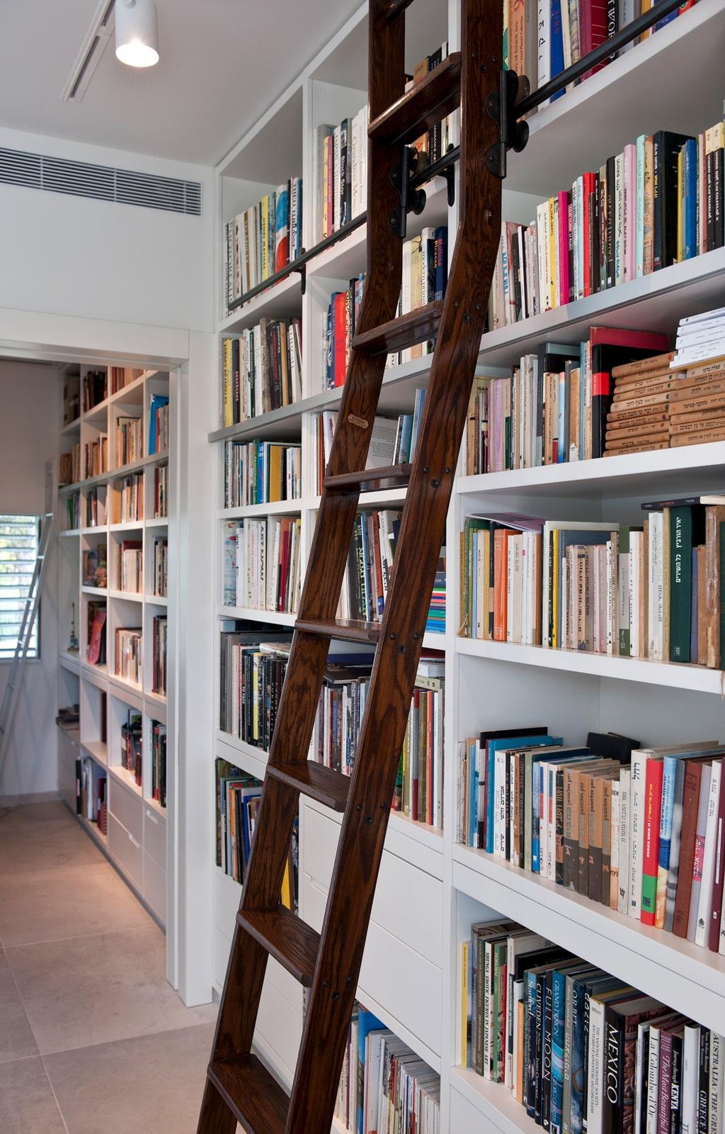 ספרייה ספריה צבע מט סולם עץ