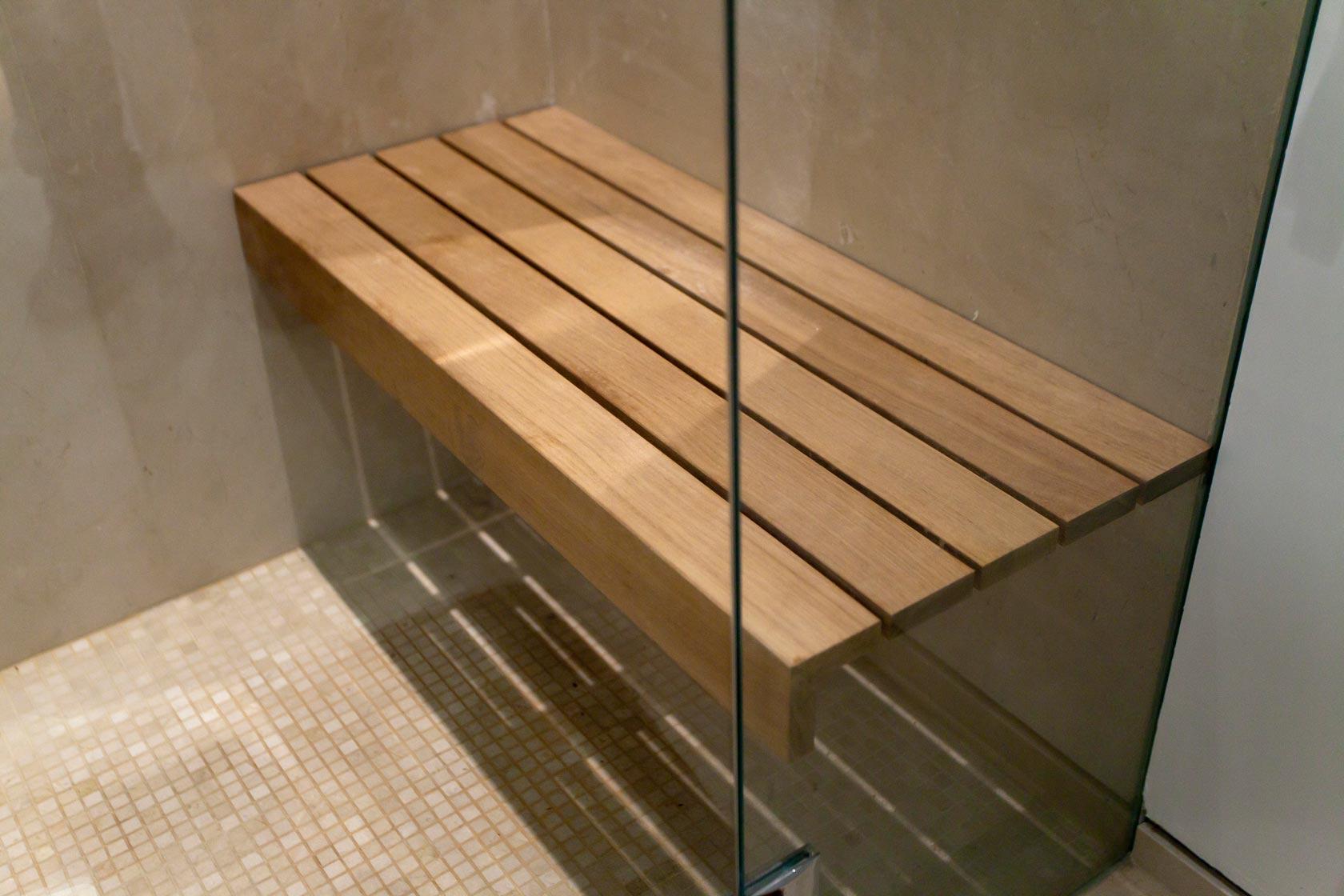 ספסל עץ טיק לאמבטיה