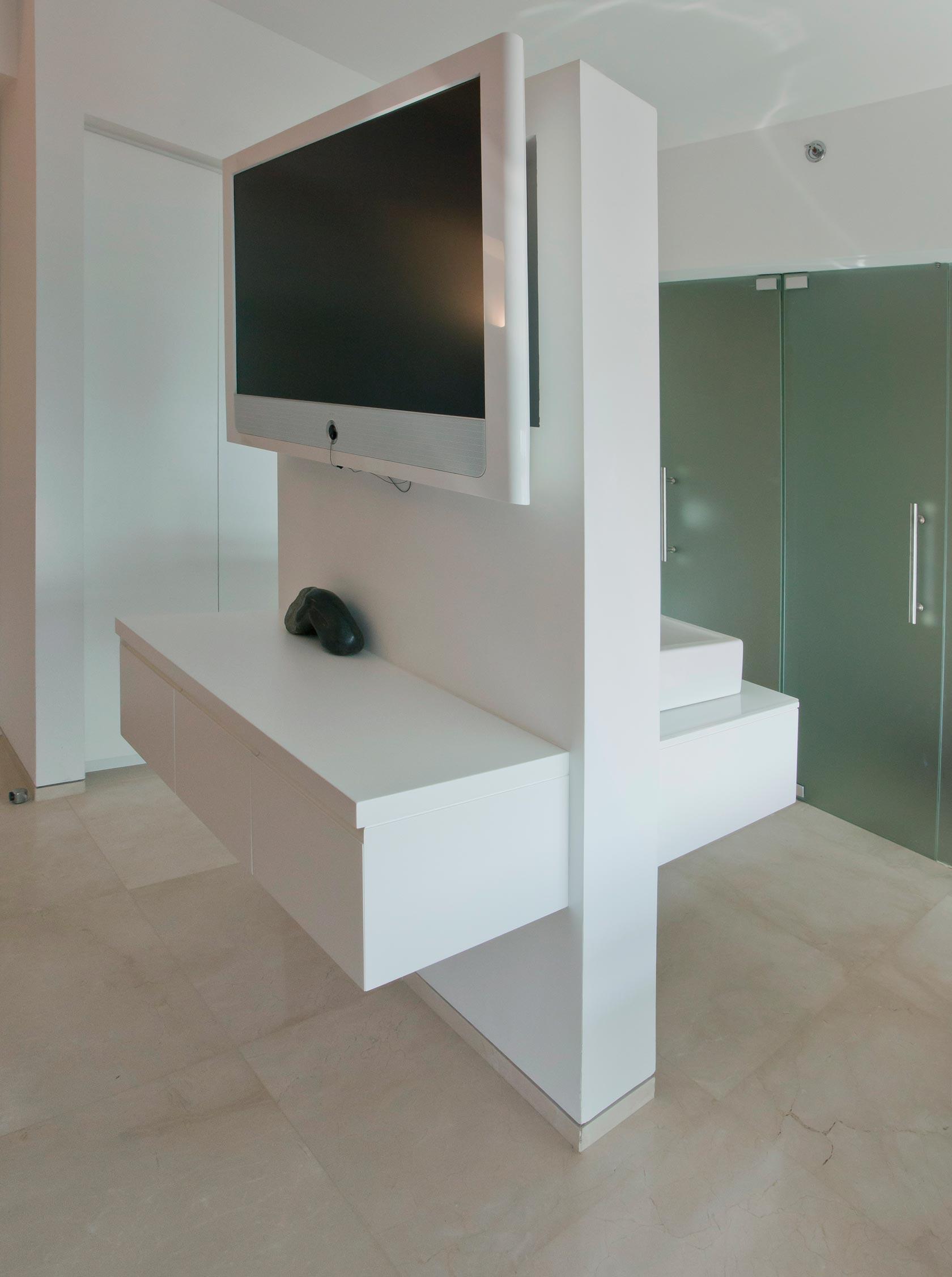 שידת אודיו טלויזיה TV ארון כיור אמבטיה צבע מט אפוקסי מראה תאורה