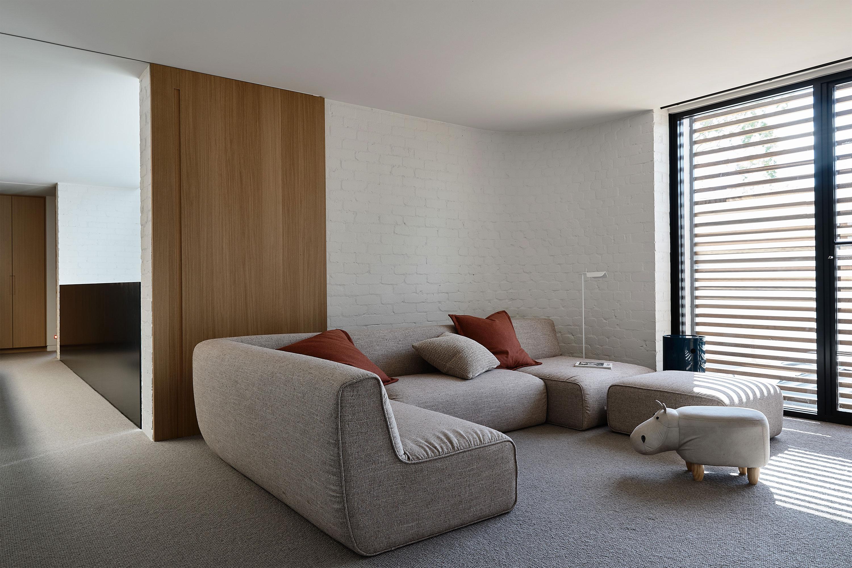 Milo Modular + Bowie Cushion