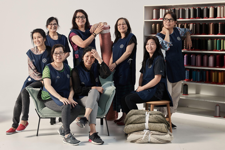 Anita, Tu-Auh, Trang, Tuyet, Muoi, Michelle, Truc, Jianger — Sewing