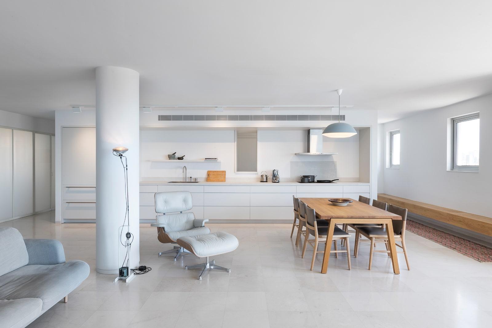 מטבח לבן פתוח נגרות בהתאמה אישית דירות יוקרתיות