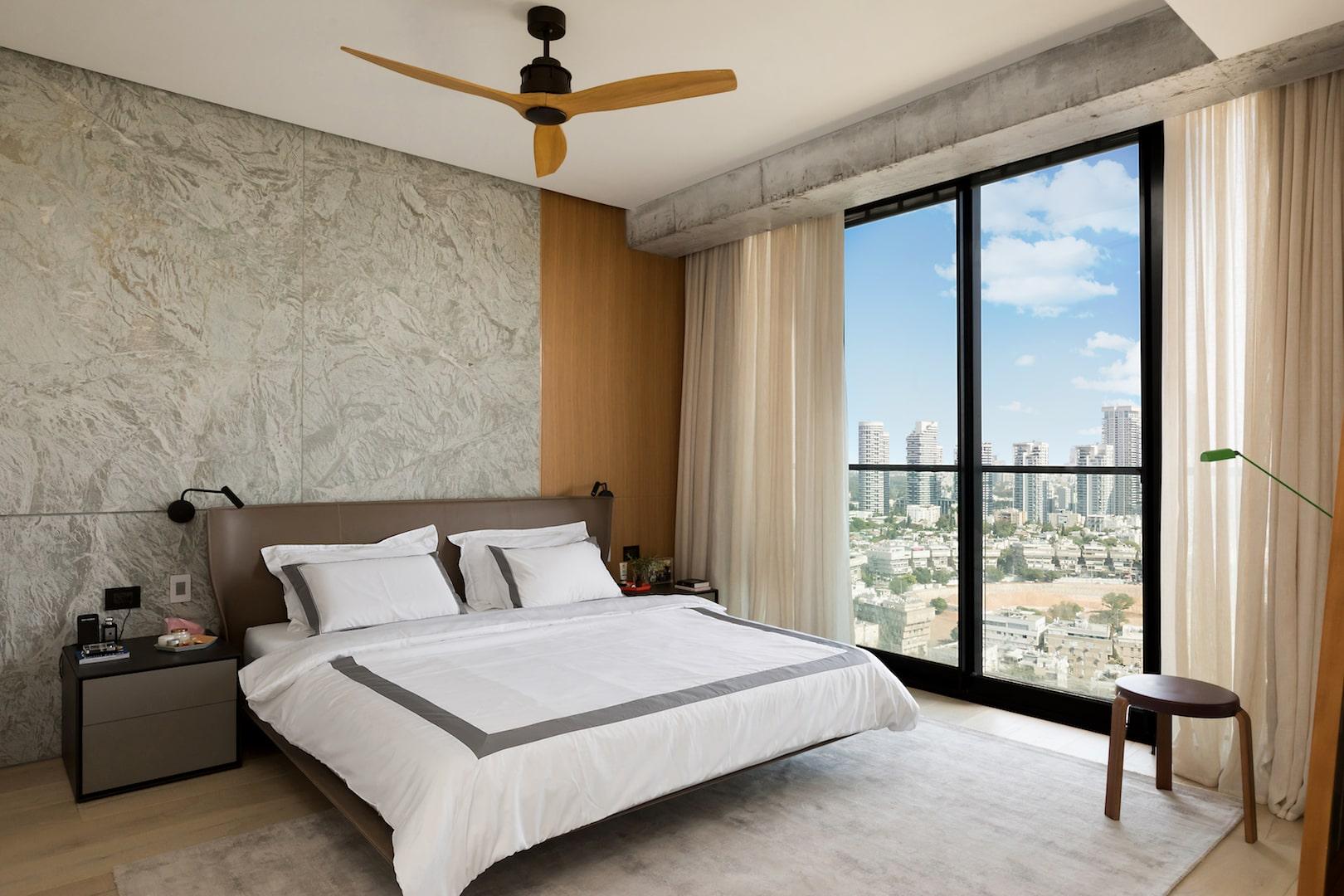 חדר שינה חיפוי עץ
