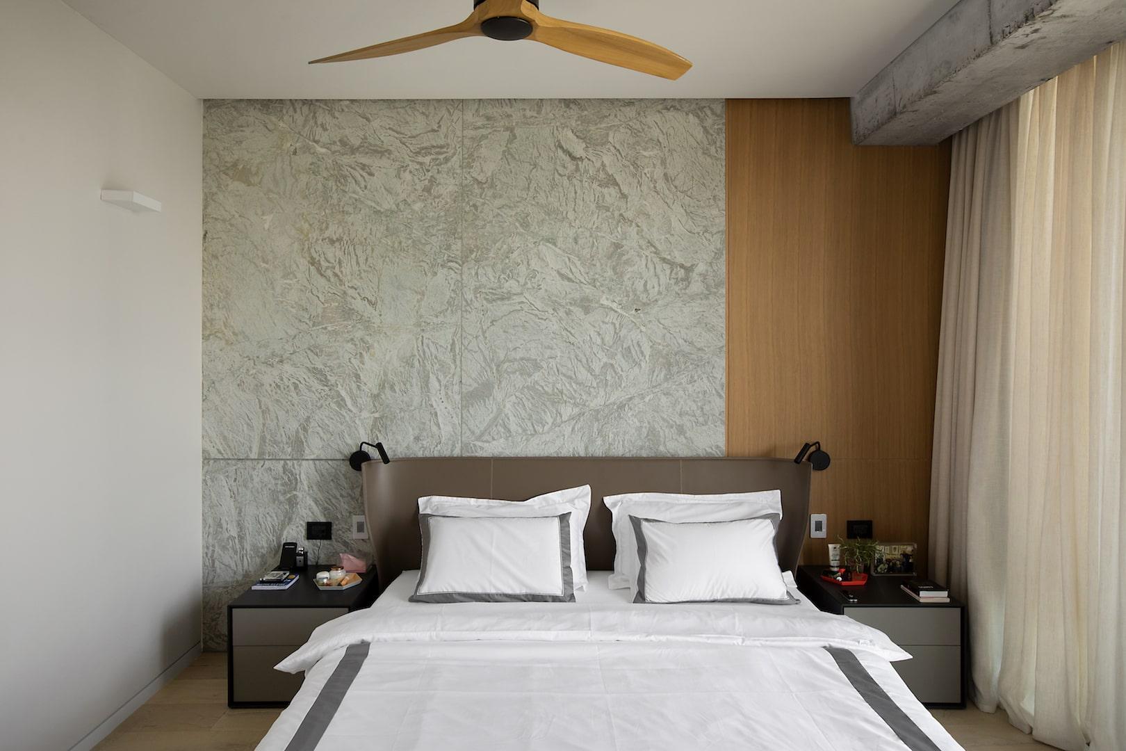 חדר שינה חדר הורים חיפוי עץ