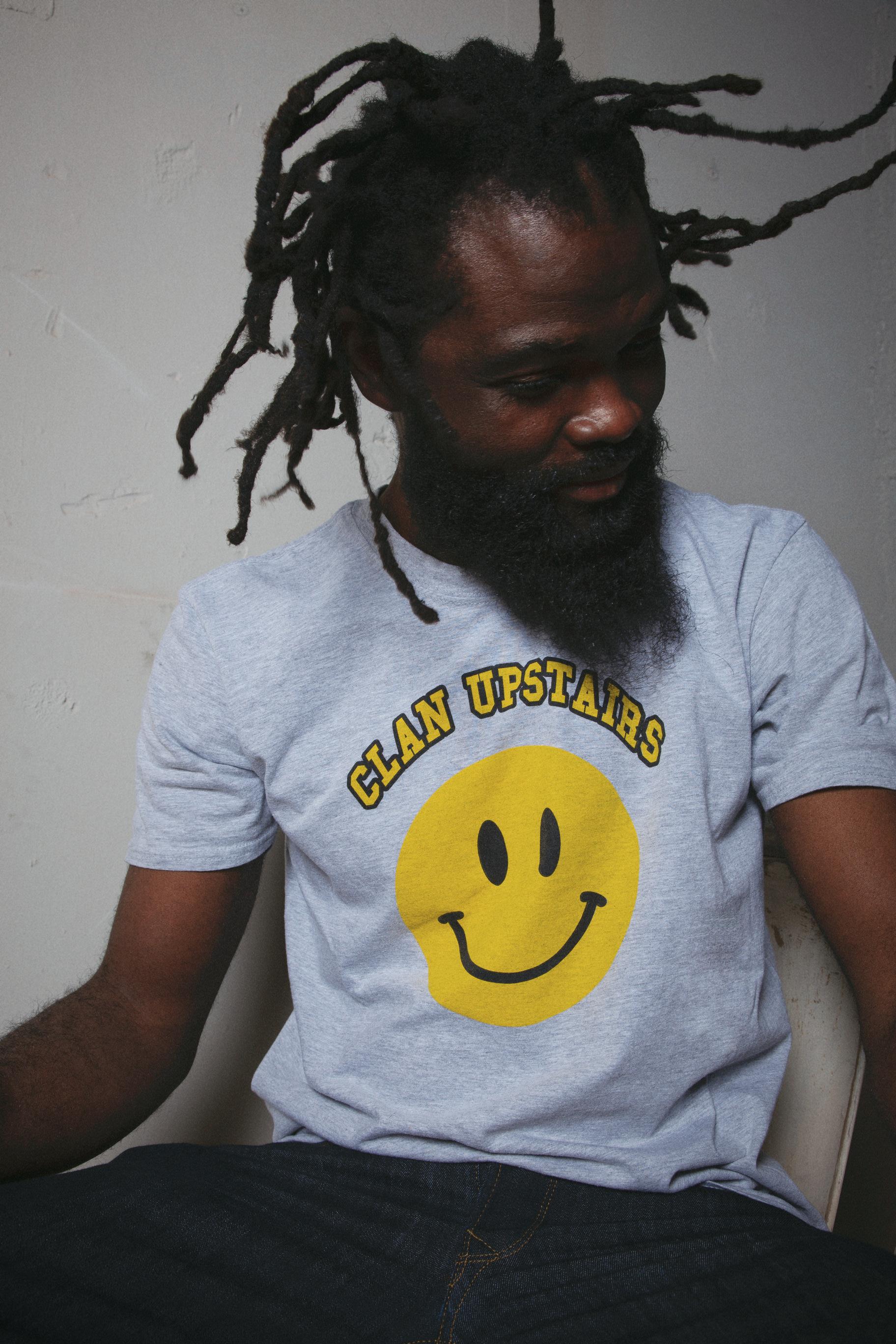 CLAN UPSTAIRS_KIND OF SMILE_POTRAIT_SS21_AKO ATIKOSSIE.jpg
