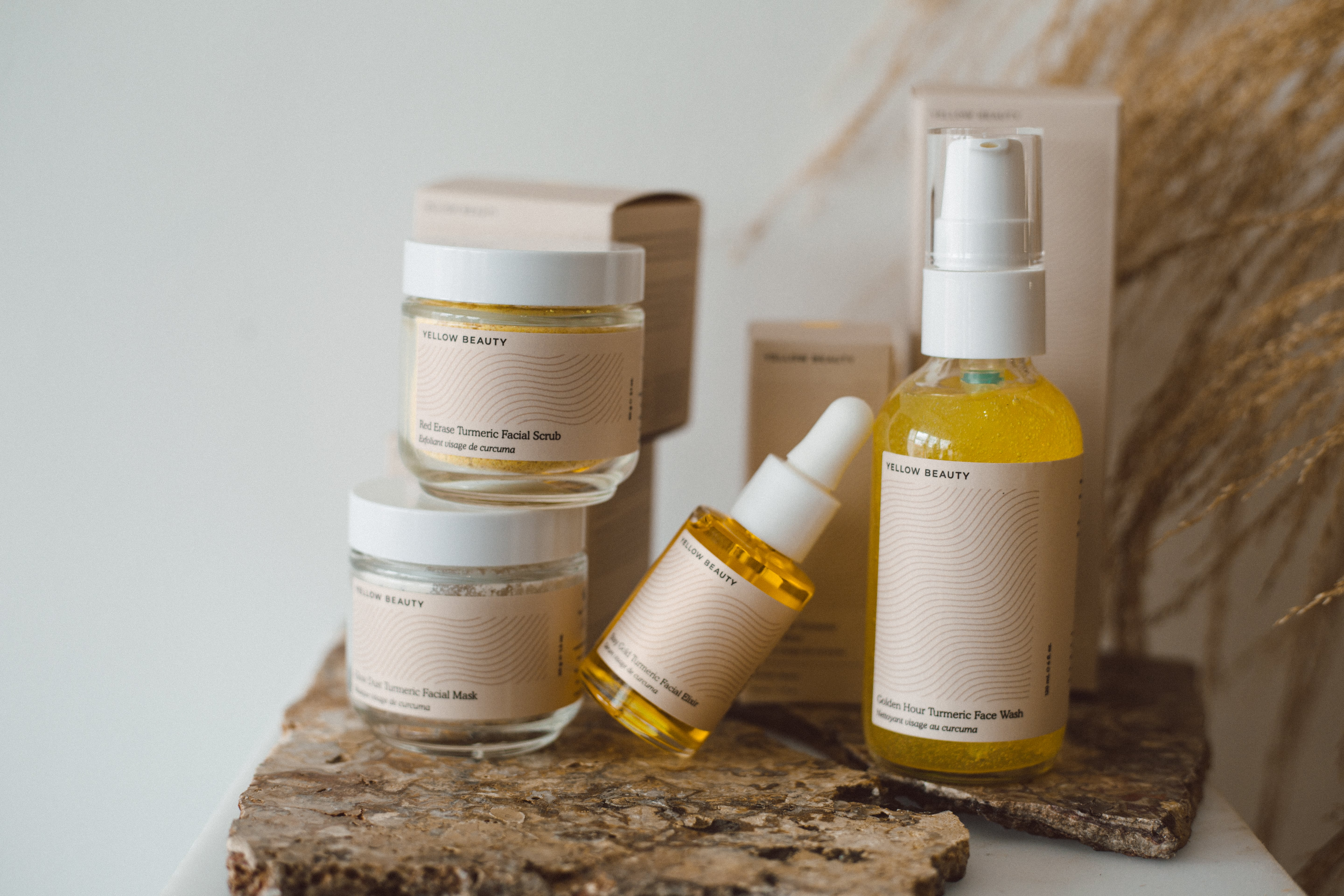 All our formulations give you deep hydration and long-lasting glow. Give them a go by taking 10% off your first purchase. Just sign up to our newsletter and we'll send over a discount code (we promise you'll fall in love with our emails!).