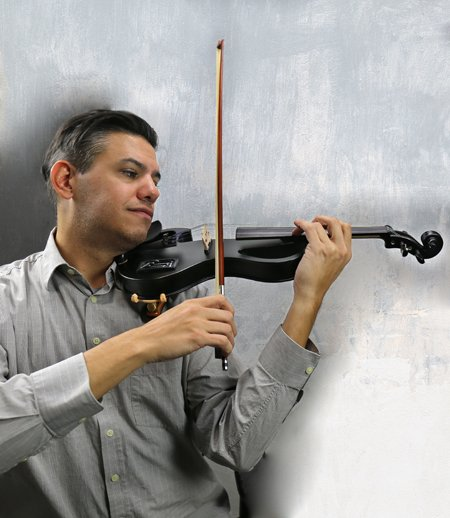 Bunnel EDGE Electric Violin Outfit in action