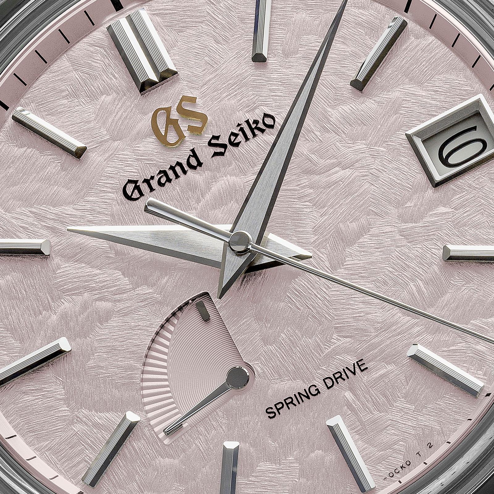 The intricate dial texture of Grand Seiko SBGA413.