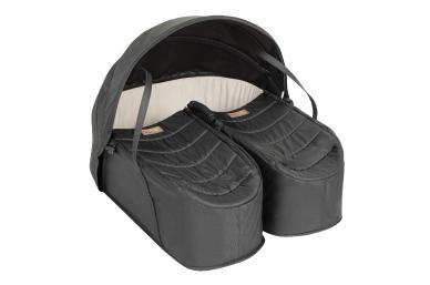 a protective sunhood and zip lid