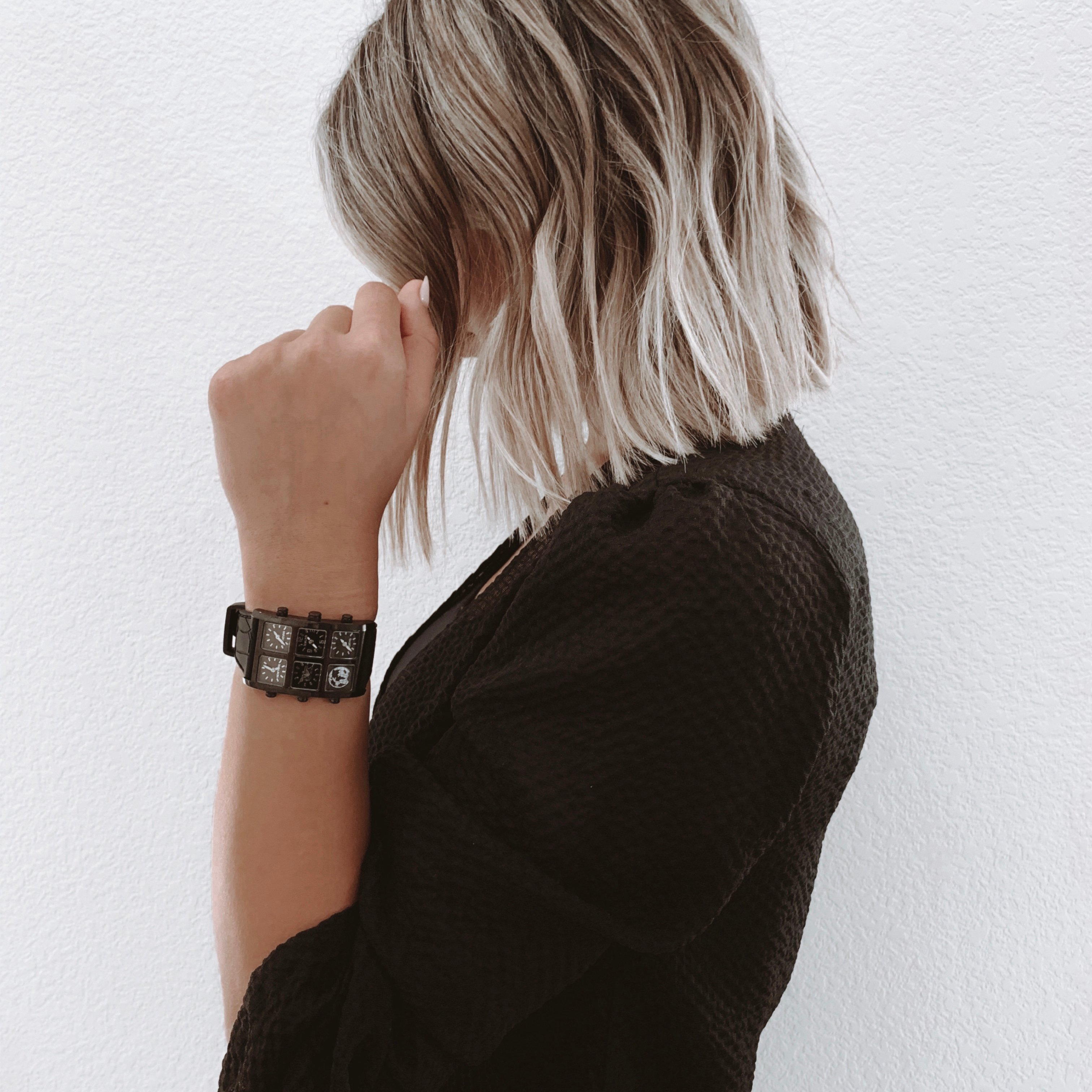 Woman wearing Sable Metal 40mm Multi-Time Zone Watch - IceLink