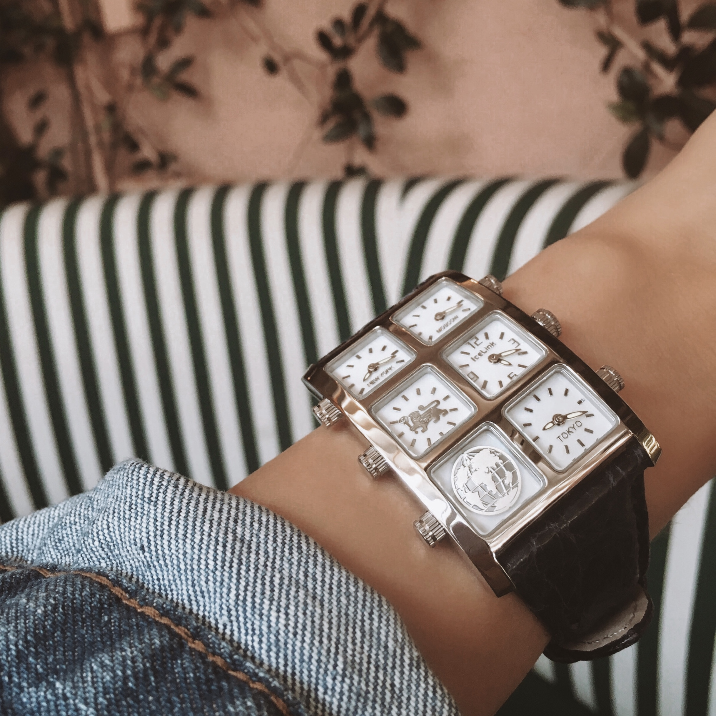 Close up of Zuri Metal 40mm Multi-Time Zone Watch - IceLink