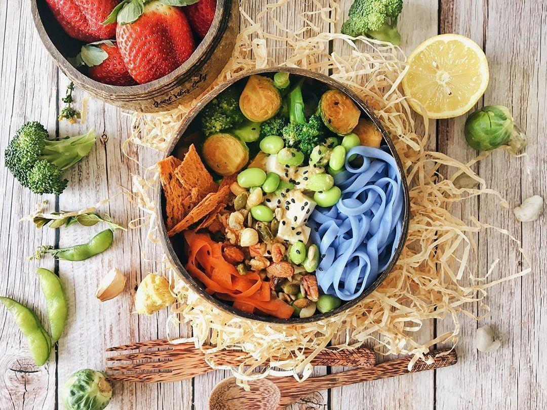 Noodle Bowl with Sesame Ginger Dressing