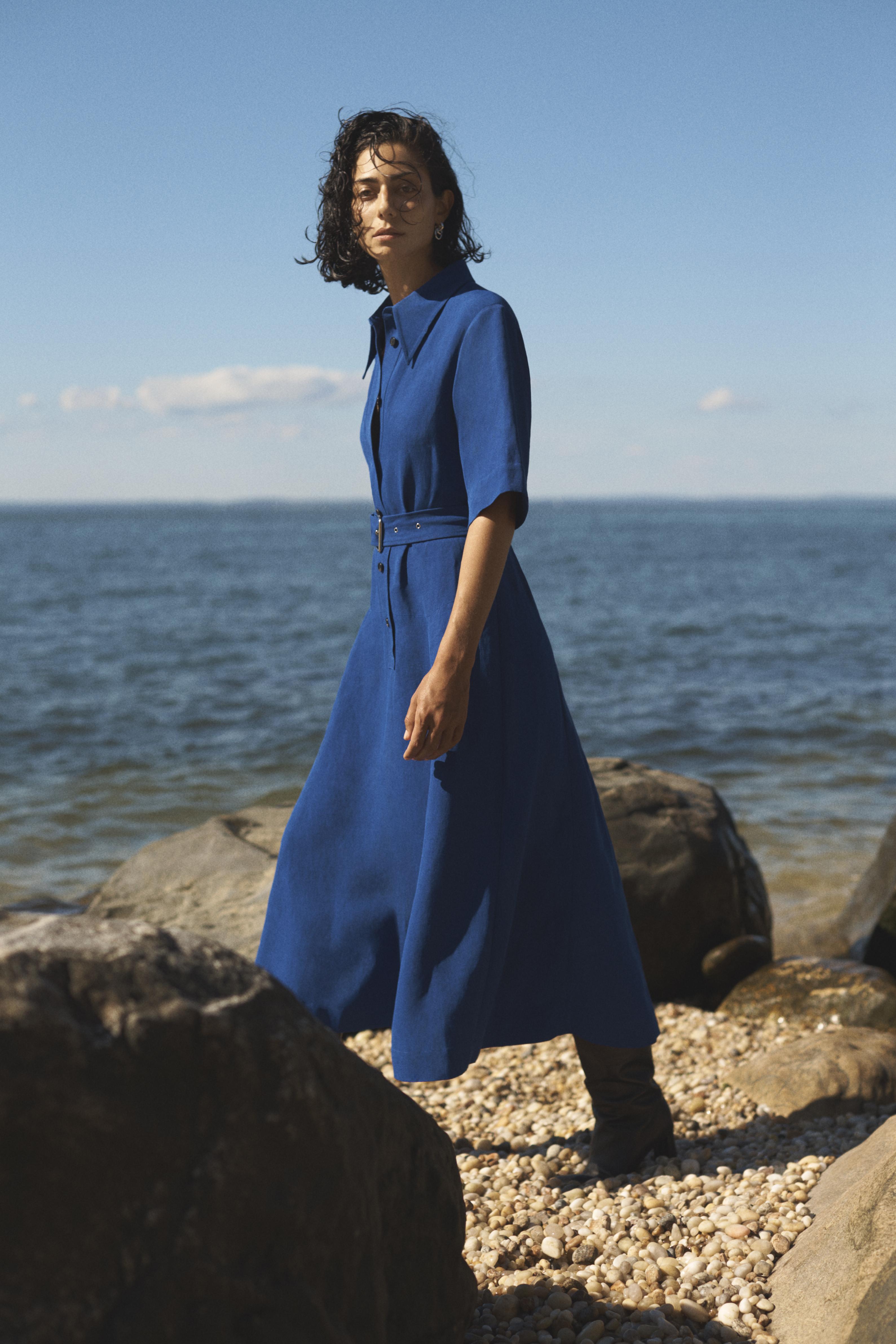 Gathered Waist Shirt Dress In Viscose Linen - Cobalt - by Zoe Gherter for Co