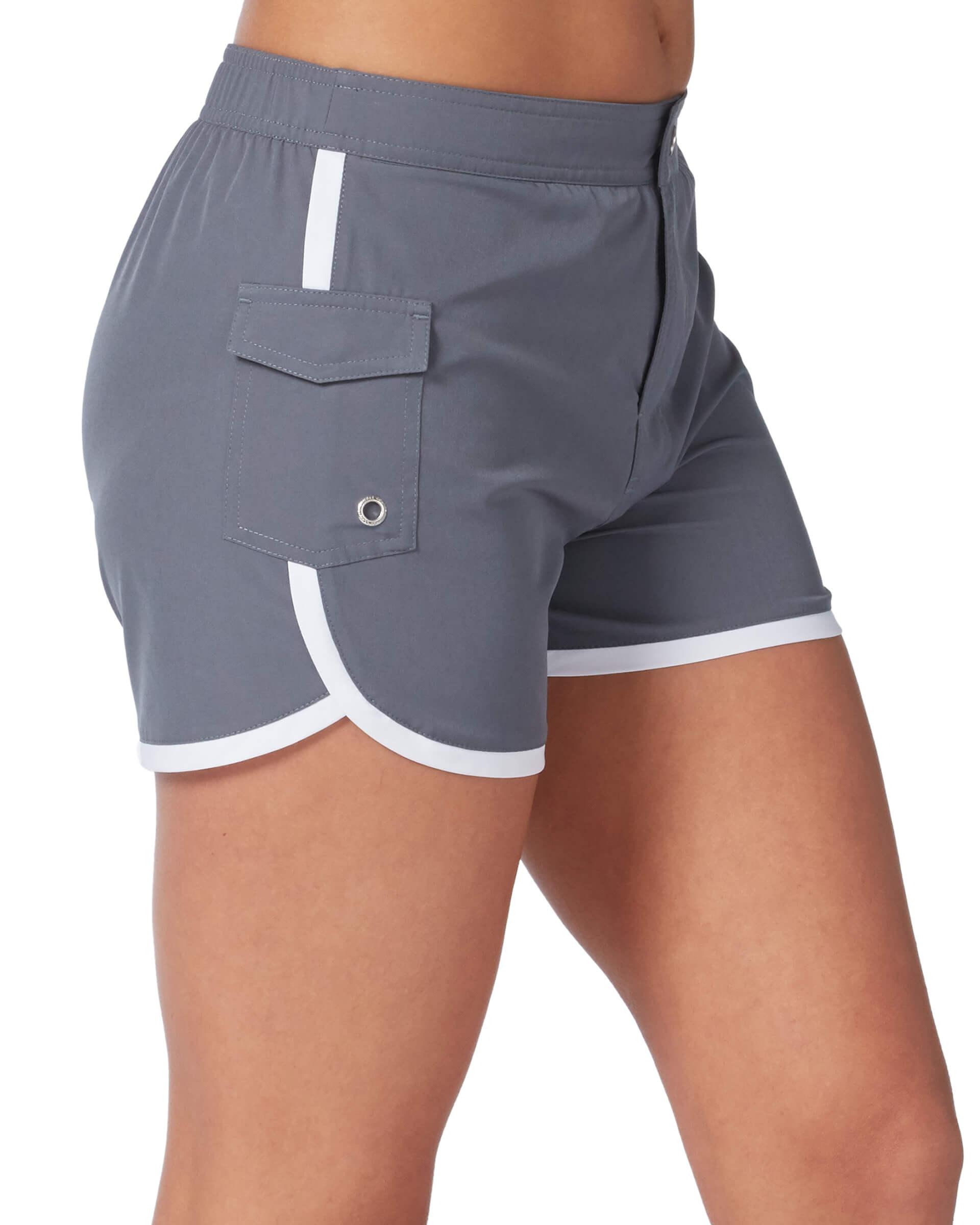 Women's Woven Stretch Cargo Short