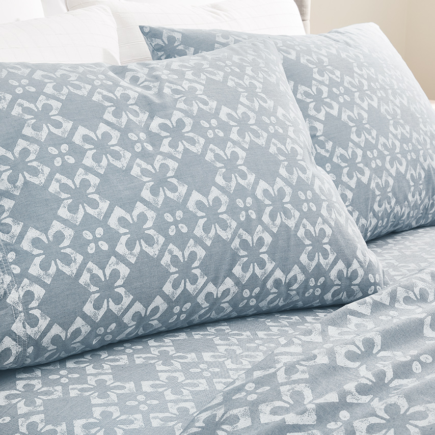 Chambray Cotton Tile Pillowcase Set