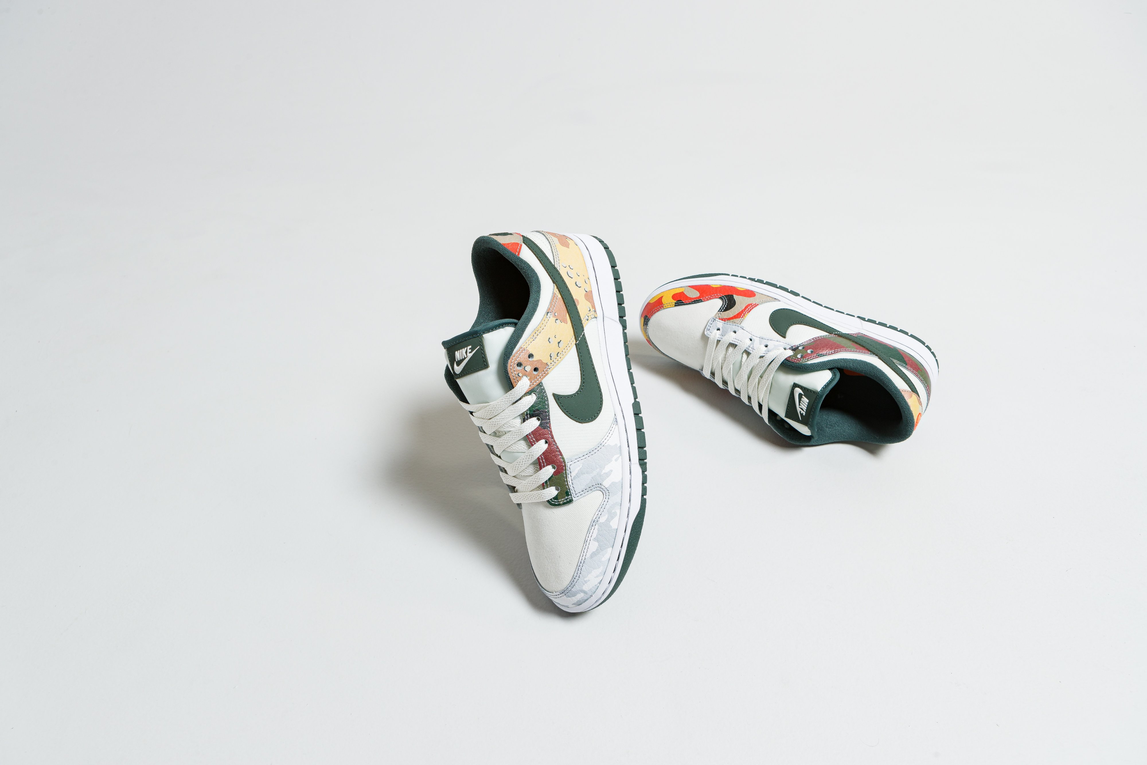 Nike - Dunk Low SE - Sail/Vintage Green - Up There