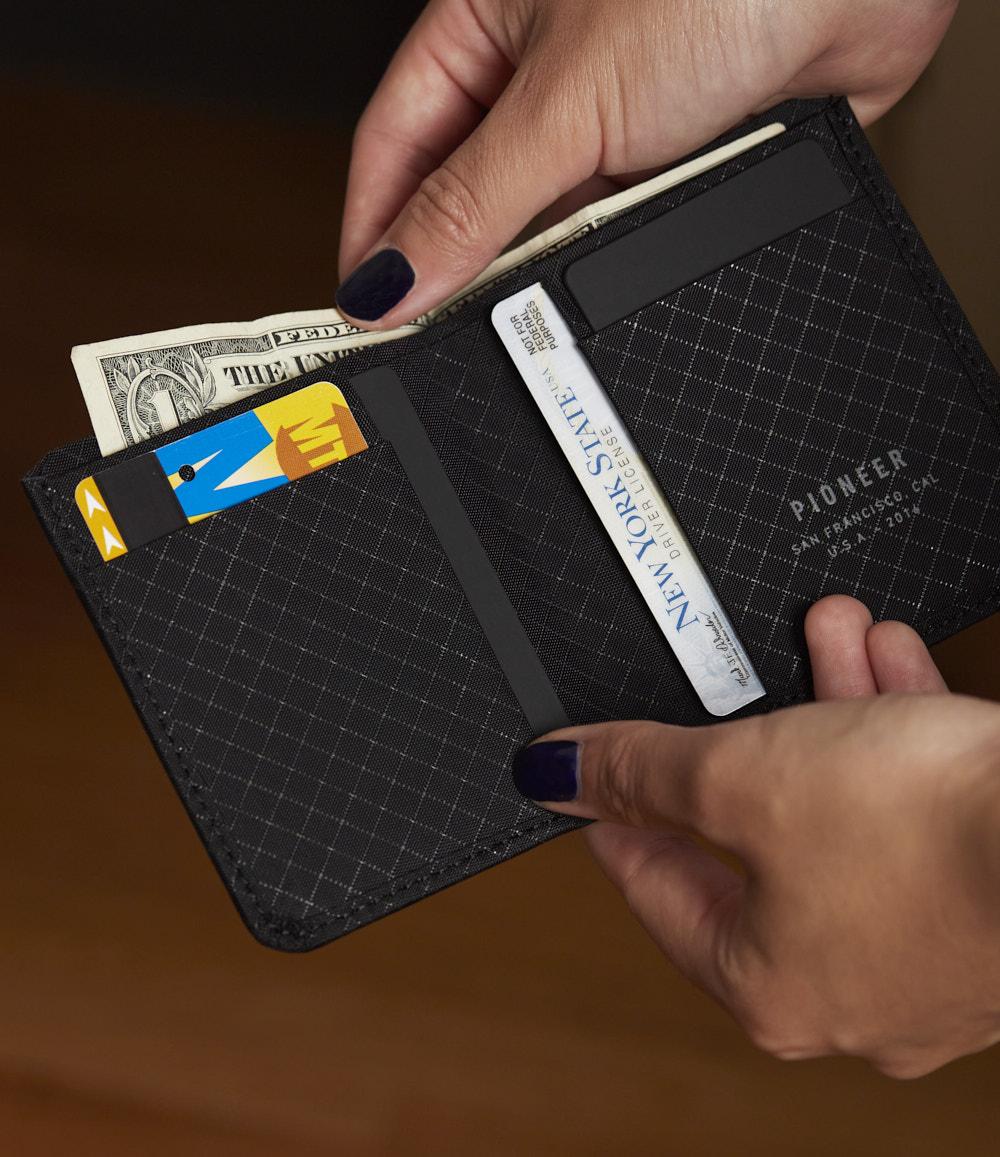 Altitude Billfold Wallet