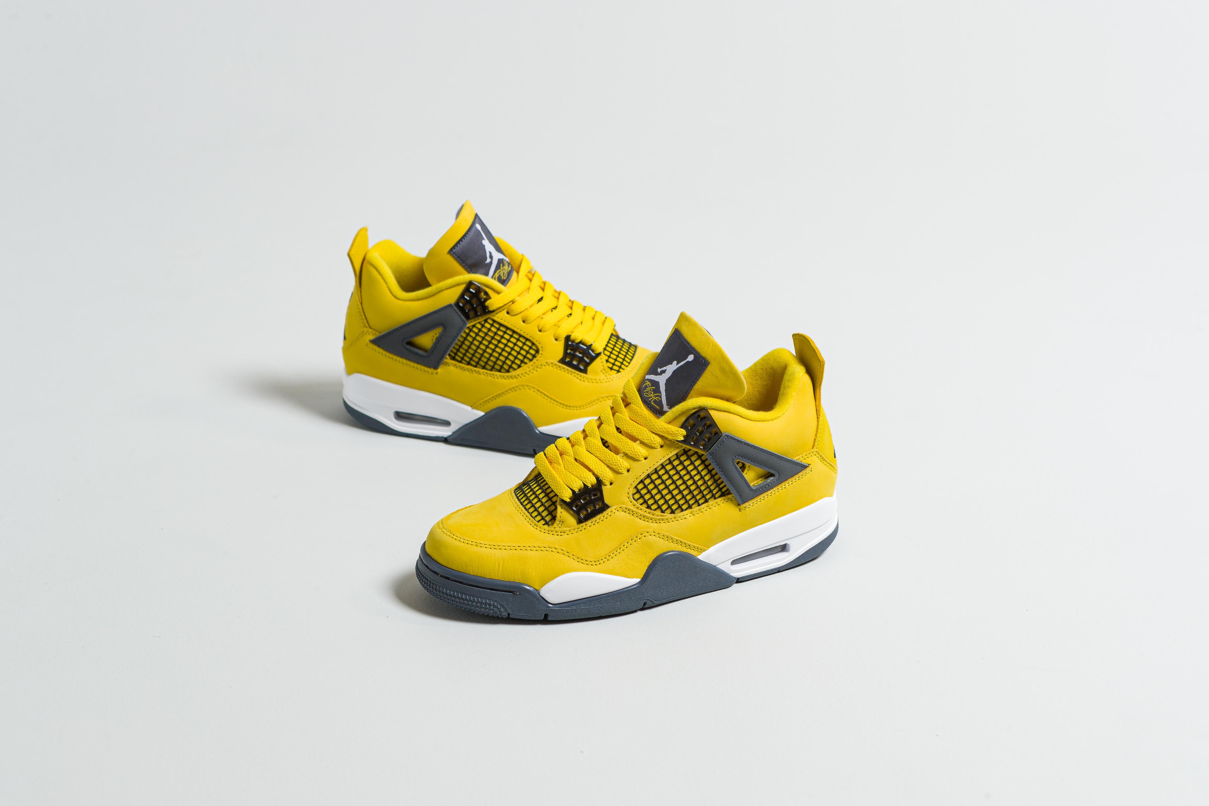 Jordan - Air Jordan 4 Retro - Tour Yellow/Dark Blue Grey-White - Up There