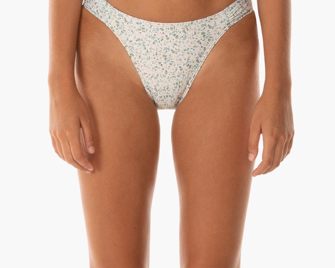 Capri Ruched Hi Line Pant