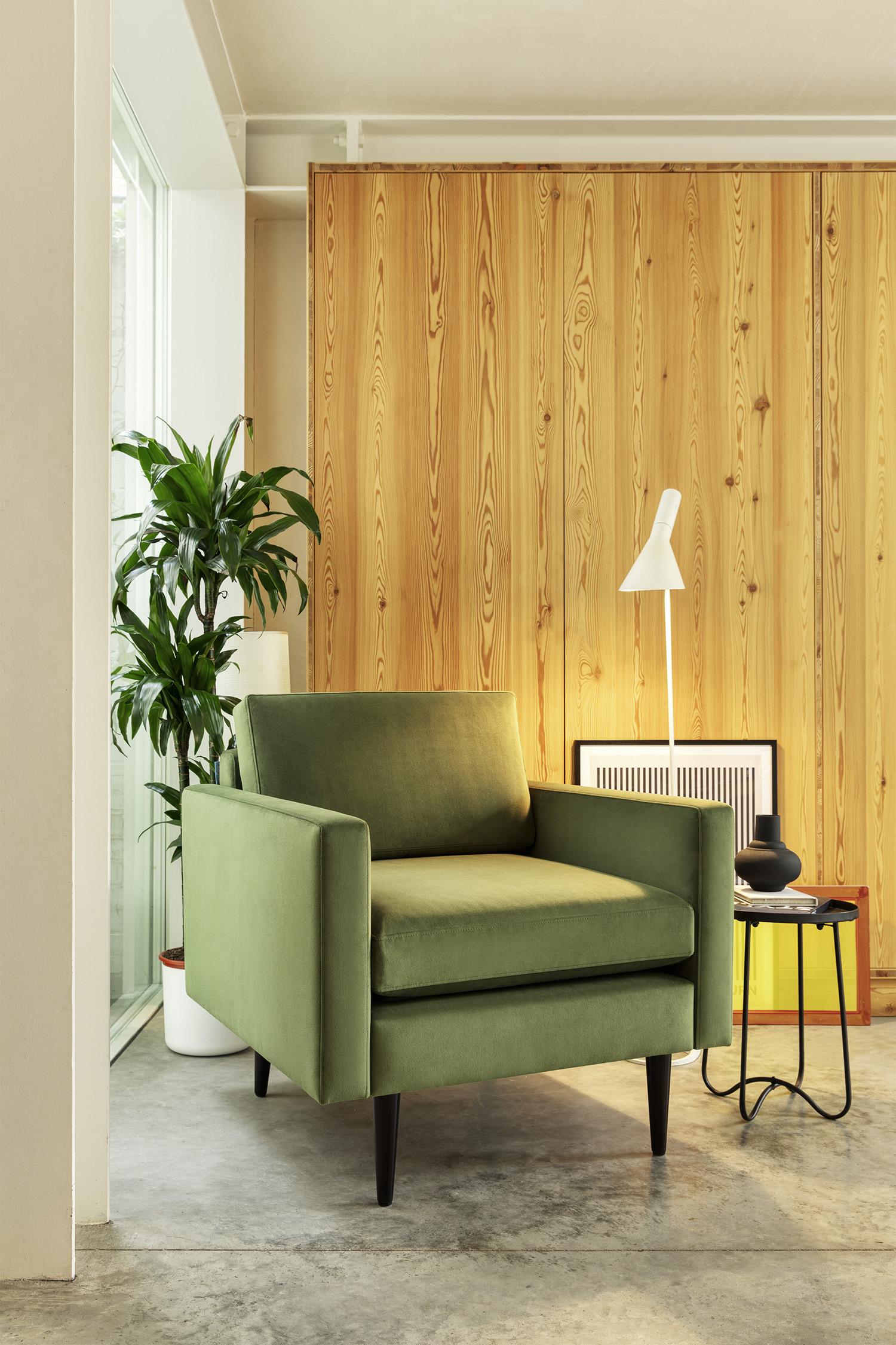 Model 01 Armchair in Vine Velvet