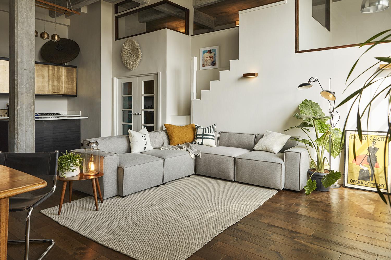 Model 03 Corner Sofa in Shadow Linen