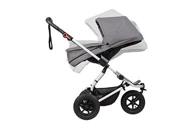 parent facing longevity by converting the carrycot plus into the parent facing seat from 6 months old