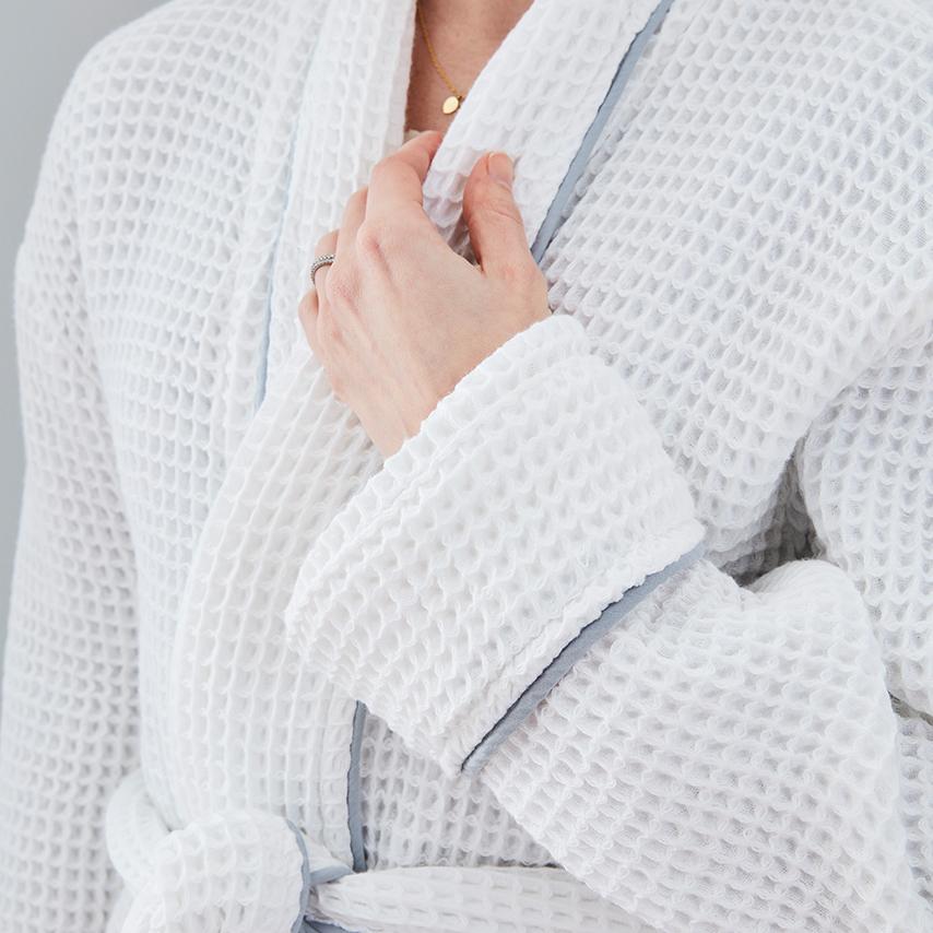 Blush Women's Waffle Robe