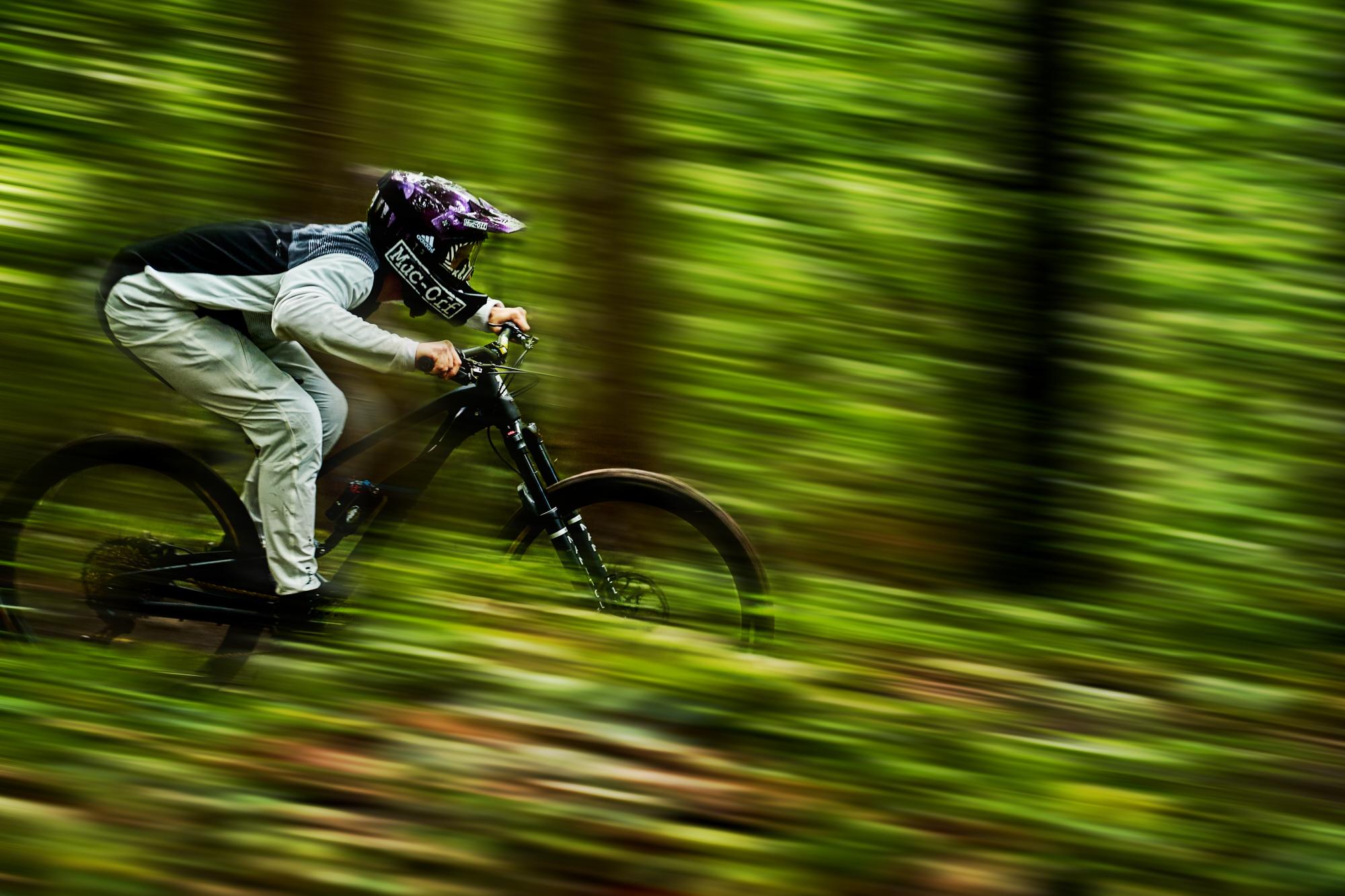 Hannes Klausner - Custom Helmet Image 4